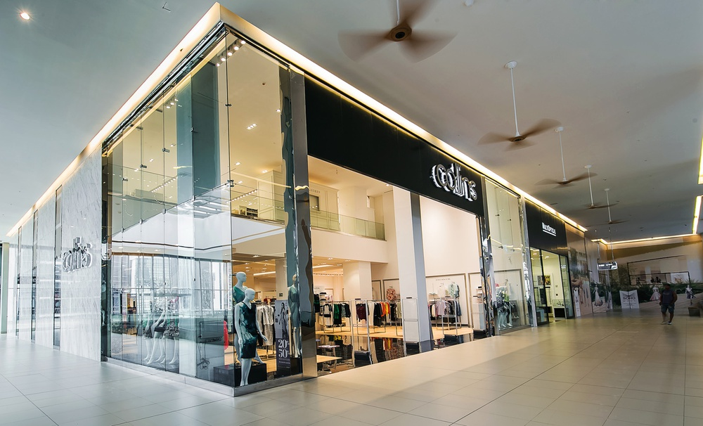 Collins Soho Mall Panama Interior & Exterior Architectural Photography